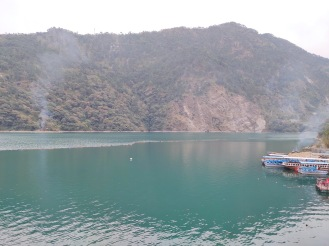Different angle view of Chamera lake